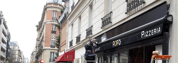 Façade du restaurant et pizzeria Pop's - Paris