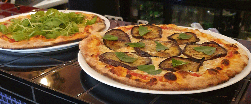 Pop's Paris pizzas